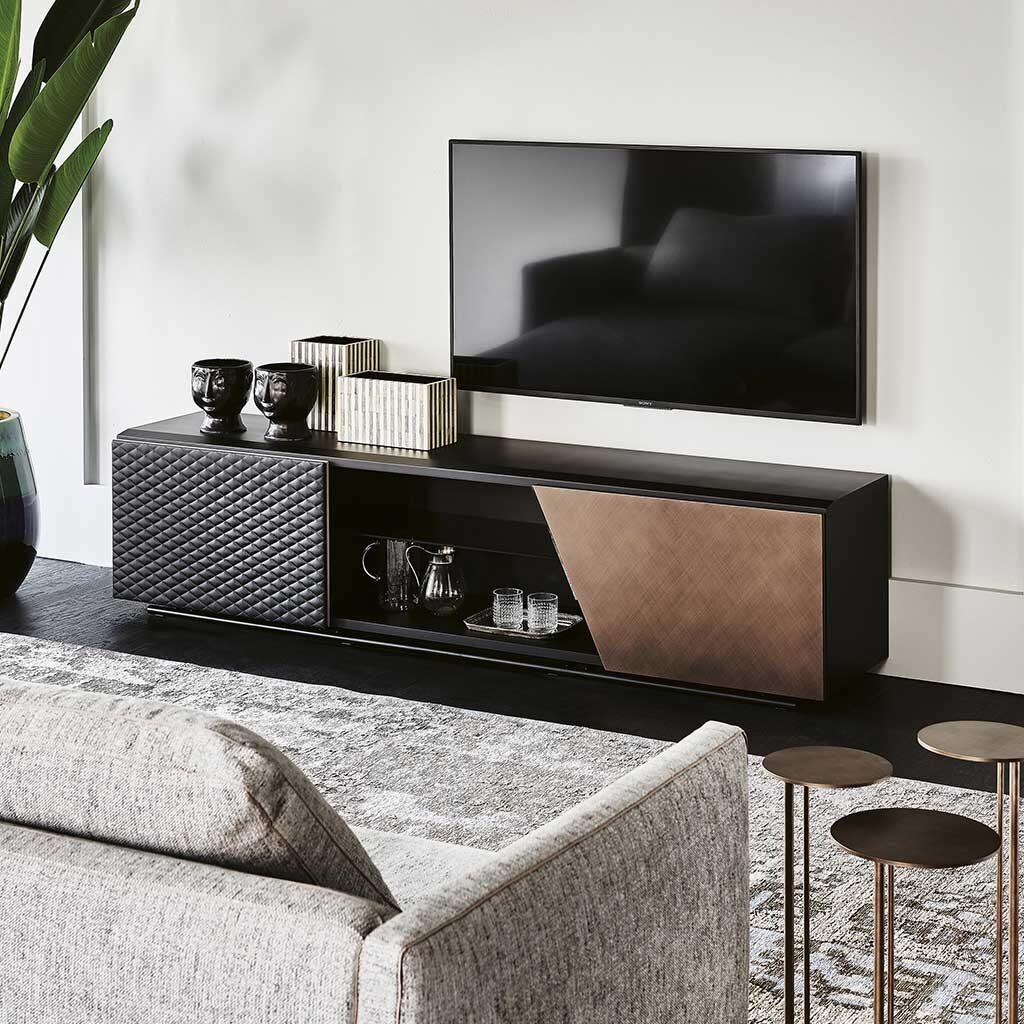 aston-cattelan-italia-modernes-tv-möbel-arredare-moderno
