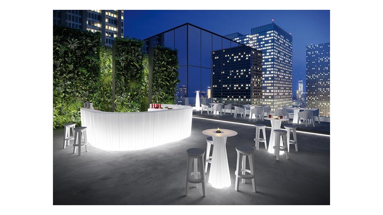 Beleuchtete Bar Theke : bar theke plust muster frozen beleuchtet arredare moderno ~ Sanjose-hotels-ca.com Haus und Dekorationen