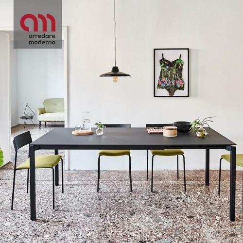 More XL Midj table