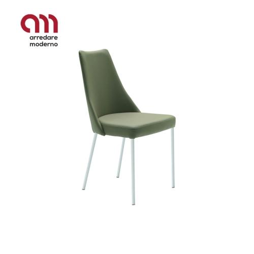 Sharon S M TS Midj Chair