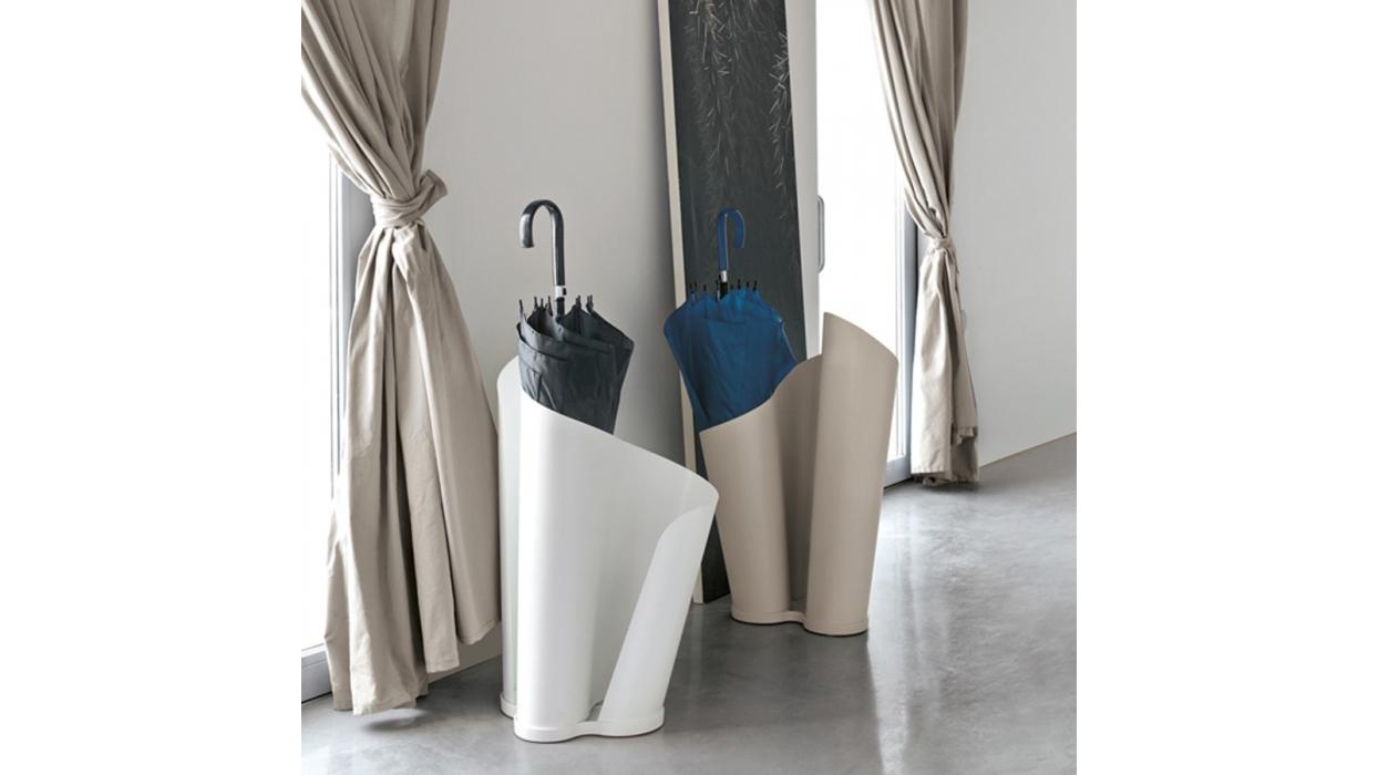 porte parapluie tonin casa mod le narciso arredare moderno. Black Bedroom Furniture Sets. Home Design Ideas