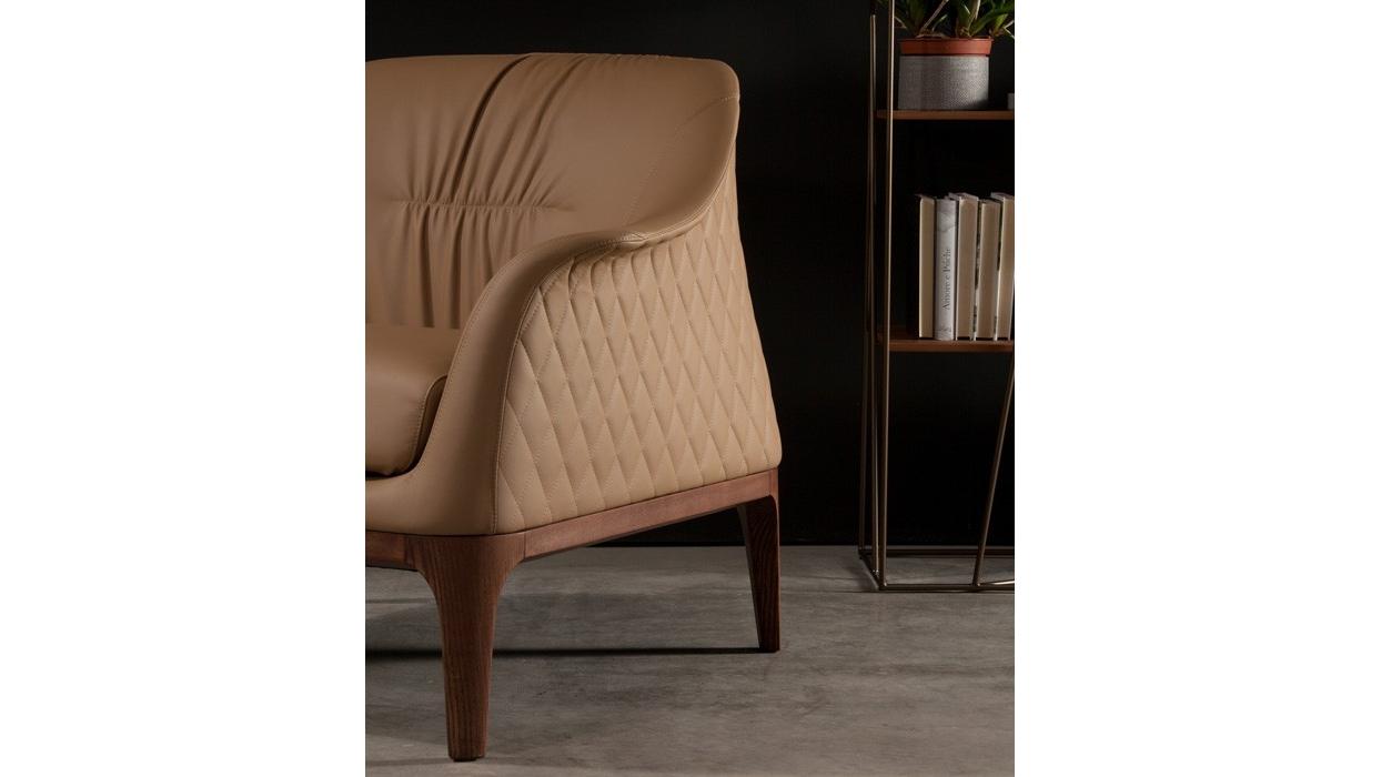 petit fauteuil tonin casa mod le tiffany arredare moderno. Black Bedroom Furniture Sets. Home Design Ideas