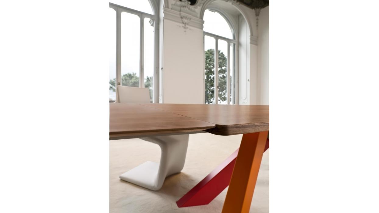 Tavolo Bonaldo modello Big Table - ARREDARE MODERNO