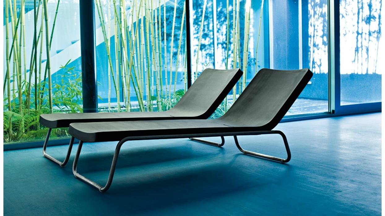 Chaise longue Serralunga modello Time Out - Arredare Moderno