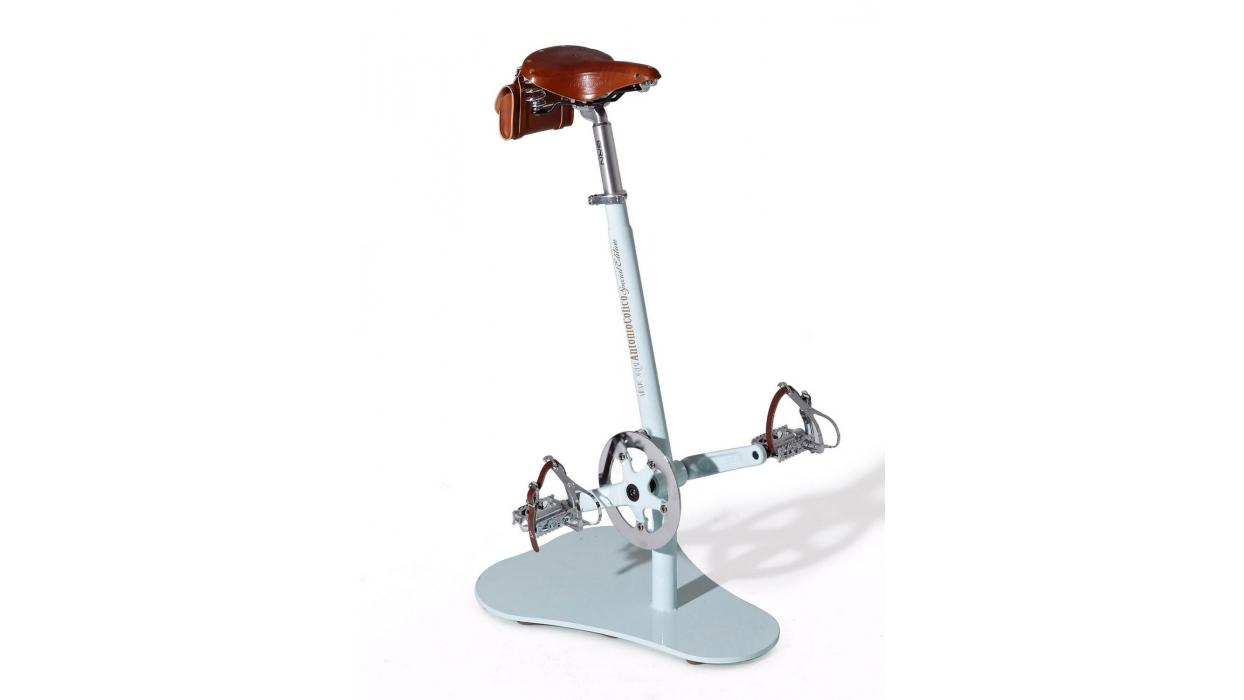 Sgabello colico modello pedalò arredare moderno