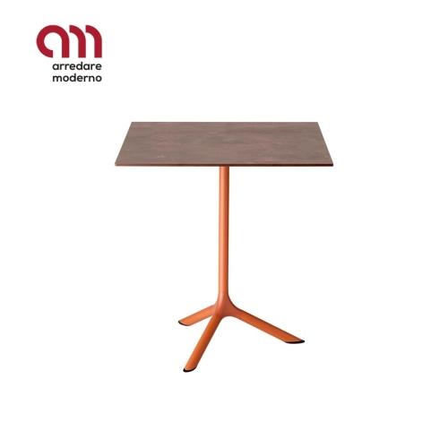 Tavolino Tripé Scab Design