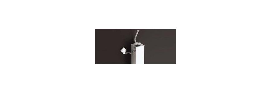Portascopino con portarotolo wc in ceramica ed in acciaio inox arredare moderno - Porta scopino bagno ...